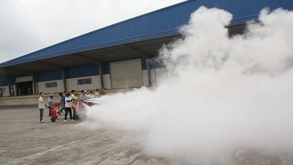 bảo vệ asean tập huấn chữa cháy tại richway